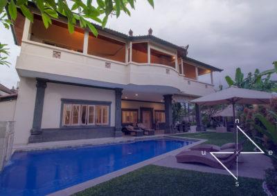 Large 5 Star Villa Seseh Near Echo Beach For Sale